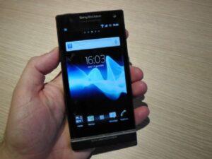 Sony-Xperia-S-_61124_1