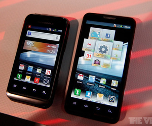 News Terminali | Motorola presenta XT920 e MT917