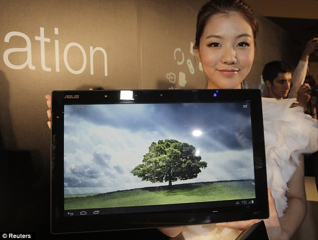 Novità Terminali  Asus Transformer AiO: un mega tablet!