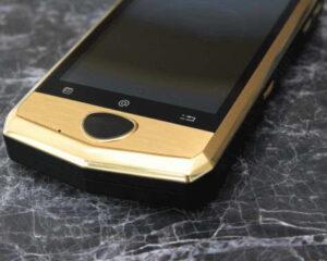 Aston-Martin-Aspire-AM668-smartphone-2