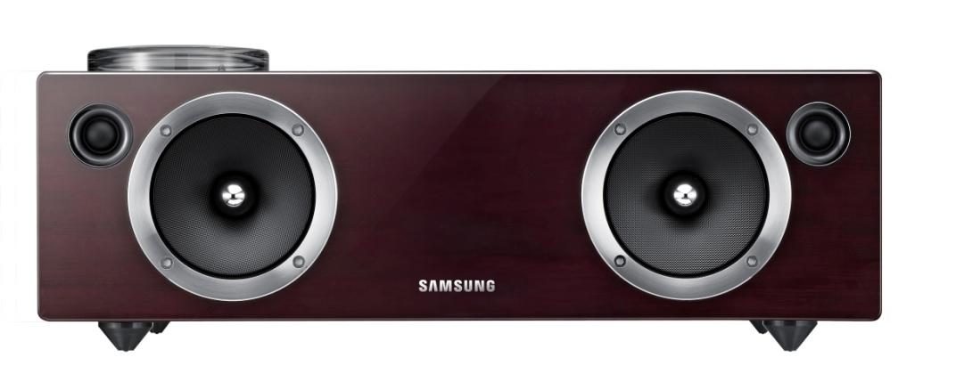 Novità Accessori  Samsung lancia il primo sistema audio wireless dock 'DA-E750'