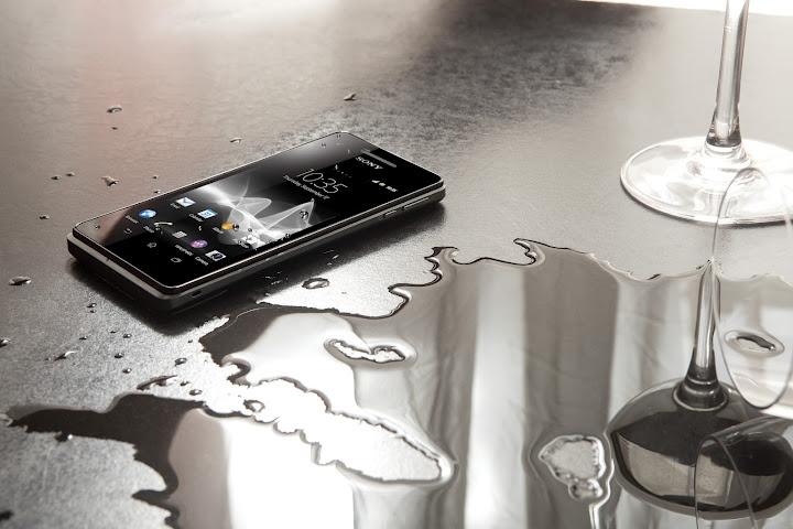 Novità Terminali| LG lancia Mach, con Android ICS e tastiera QWERTY
