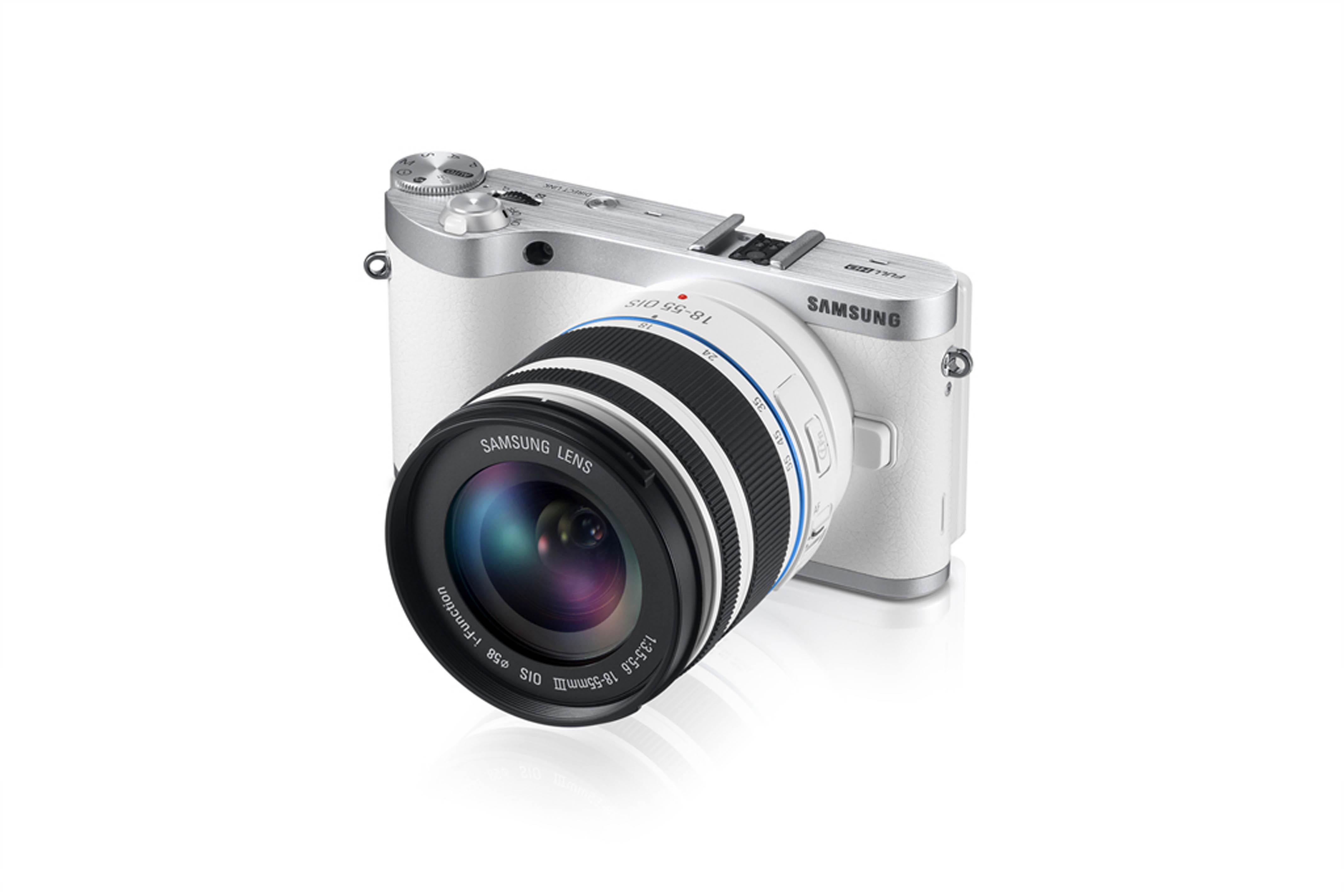 Samsung NX300_white