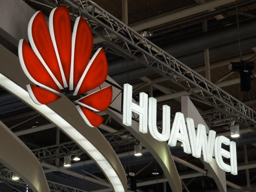 Chinese Huawei company agrees two billion dollar British deals