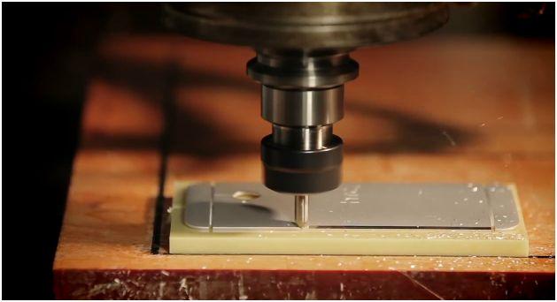 HTC_One_Manufacturing_Process_Diamond_Cutter