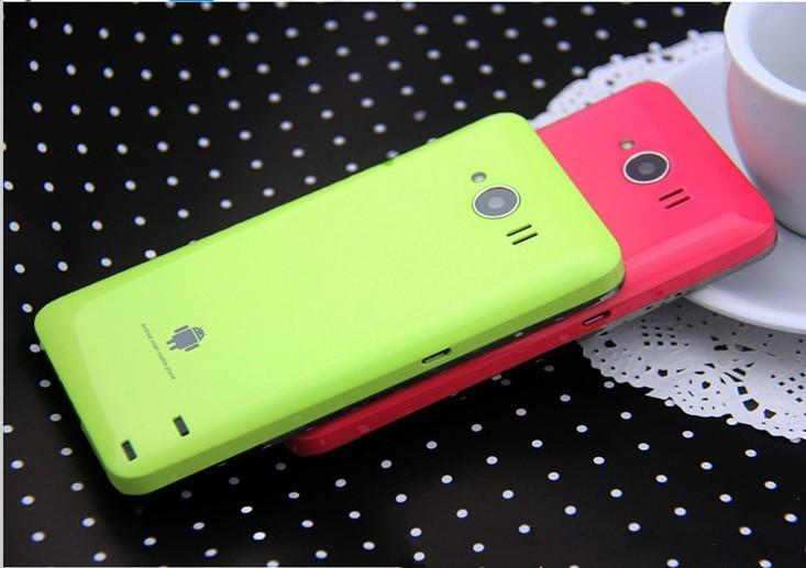 Novità| Dalla Cina arriva lo smartphone Android dotato di caricabatterie integrato.