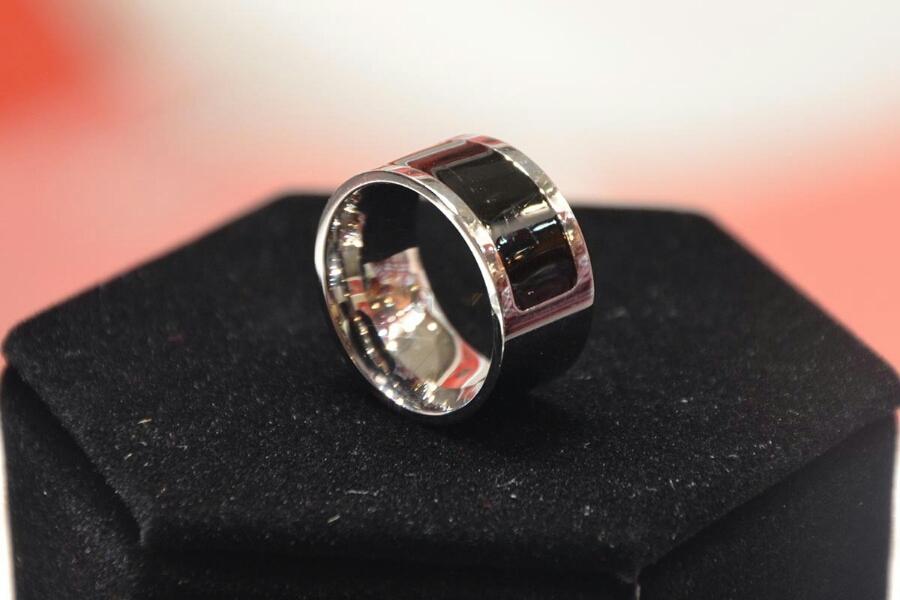 L'anello intelligente sarà commercializzato nel 2016 !