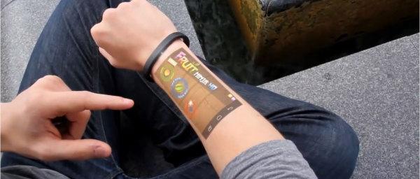 Arriva il braccialetto che proietta Android direttamente sulla pelle