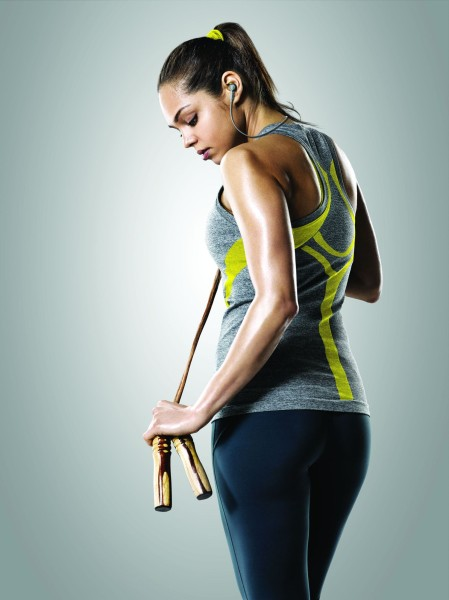 Yellow_Jabra_Sport_Coach_Lifestyle_01
