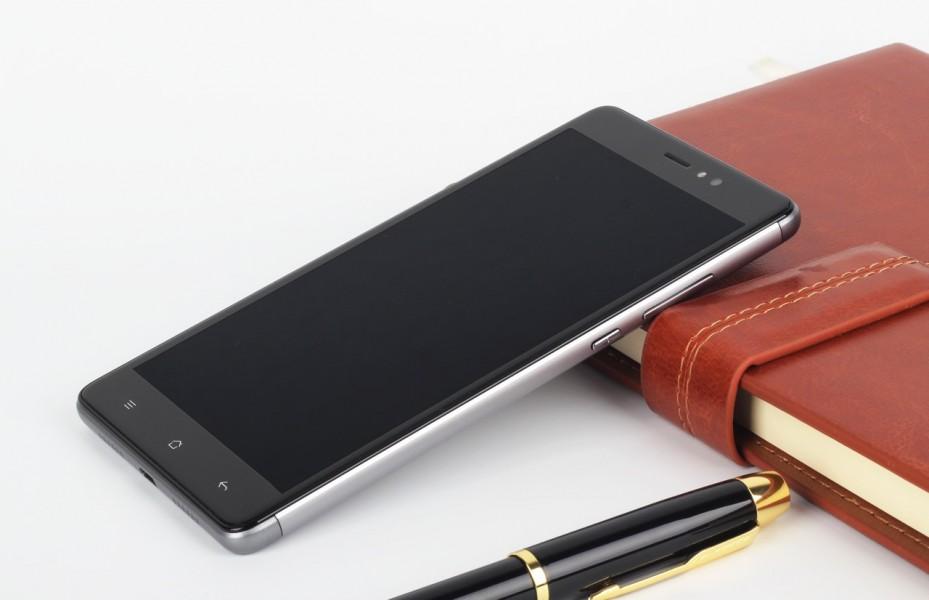 Elephone M1 - Un Medio di Gamma con qualità costruttiva! (Foto e Video)