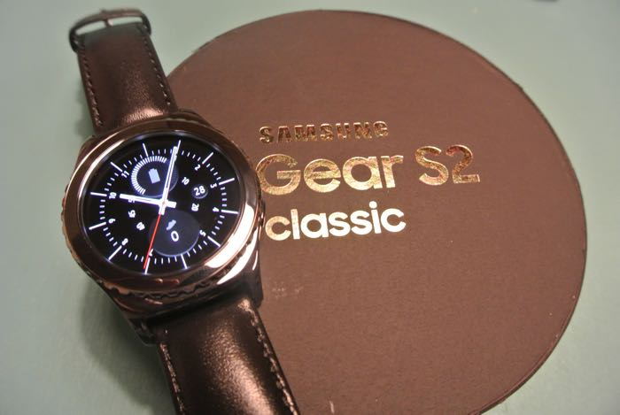 00-16-20-samsung-gear-s2-classic