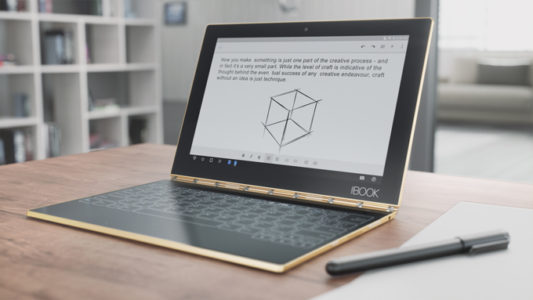 07-YOGA-BOOK-LIFESTYLE-PHOTOGRAPHY-GOLD-HOME-OFFICE